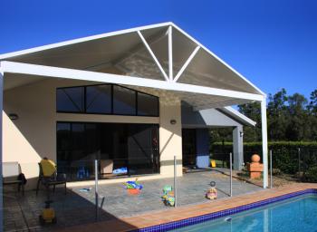 Patios - Gold Coast - Brisbane - poolside_scene